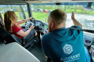 Tule-tööle-Autoserti-sõiduõpetajaks